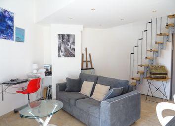 Thumbnail Duplex for sale in Plage, La Londe-Les-Maures, La Crau, Toulon, Var, Provence-Alpes-Côte D'azur, France