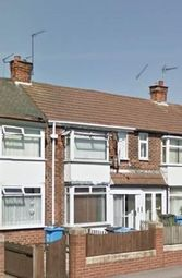 Thumbnail 2 bed detached house to rent in Hedon Road, Hull