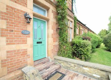 Thumbnail 2 bed flat for sale in Bradshaw Close, London