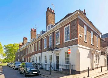 5 bed end terrace house for sale in Old Palace Terrace, Richmond TW9