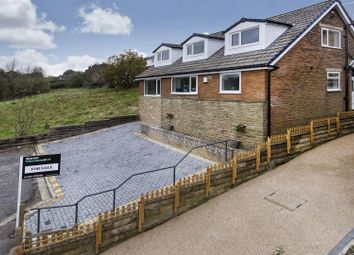 Thumbnail 4 bedroom detached house for sale in Greenfield Ave, Oakes, Huddersfield