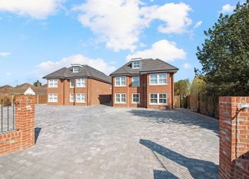 Thumbnail 1 bed flat to rent in The Coach House, 90 Ware Road, Hoddesdon, Hertfordshire