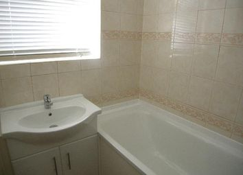 Thumbnail 2 bed flat to rent in Este Road, London
