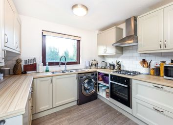 Thumbnail 2 bed flat for sale in Chiltern Road, Baldock