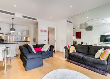 Thumbnail 1 bed flat for sale in Hepworth Court, Gatliff Road, Grosvenor Waterside, London