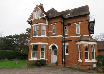 Thumbnail 1 bed flat to rent in Rowley Crescent, Stratford-Upon-Avon