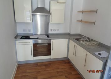 Thumbnail 3 bed flat to rent in Ladywell Point, Pilgrims Way, Salford