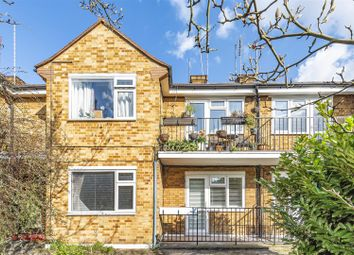 2 bed maisonette to rent in Queens Road, Kingston Upon Thames KT2
