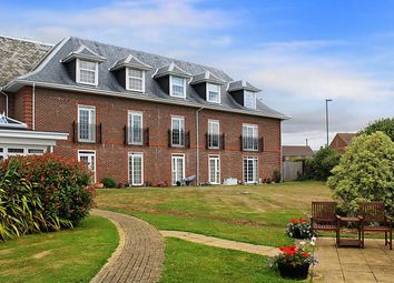 Thumbnail 1 bed flat to rent in St Floras Road, Littlehampton, West Sussex
