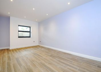 Thumbnail 1 bed maisonette for sale in Gloucester Road, Croydon