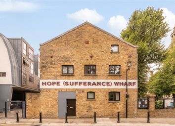 Granary House, 2 Hope Wharf, London SE16. 1 bed flat for sale