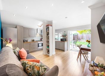 Horsford Road, London SW2. 3 bed flat for sale