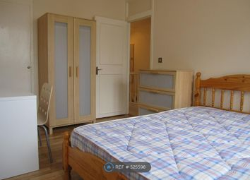 5 bed terraced house to rent in Laverstoke Gardens, London SW15