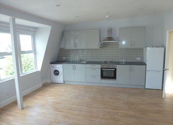 Thumbnail 1 bed flat to rent in High Road, London N12, London,