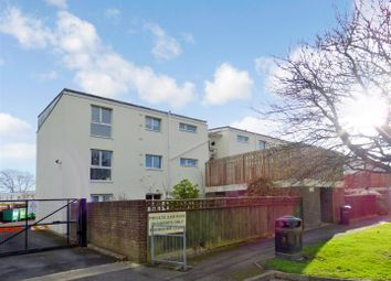 Thumbnail 2 bed flat for sale in Frobisher Close, Gosport