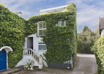Thumbnail 2 bed flat for sale in Silwood Park, London Road, Sunninghill, Ascot