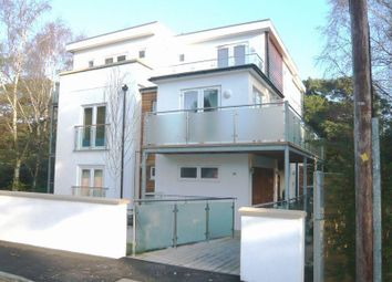 Thumbnail 1 bed flat to rent in Crescent Road, Bournemouth