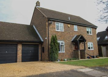 Thumbnail 4 bed detached house for sale in Hollyfield Close, Tring