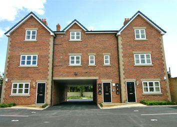 Thumbnail 2 bedroom flat to rent in Halifax Road, Liversedge