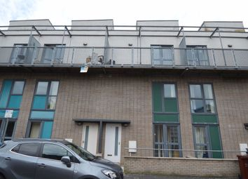 3 bed property to rent in Boston Street, Manchester M15
