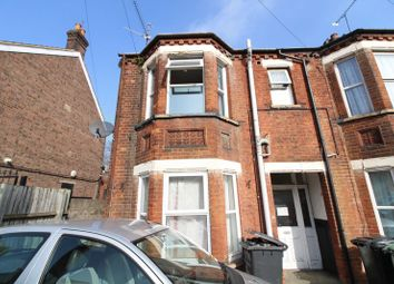 Thumbnail 1 bedroom flat for sale in Cromwell Road, Luton
