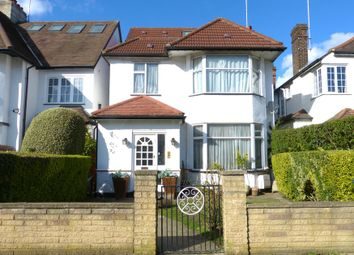 Monkville Avenue, London NW11. 6 bed detached house