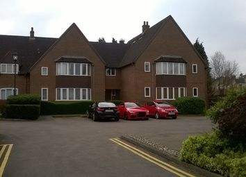 Thumbnail 2 bed flat to rent in Grove Road, Harpenden