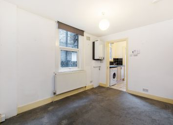 Thumbnail 1 bed flat to rent in Brighton Road, South Croydon