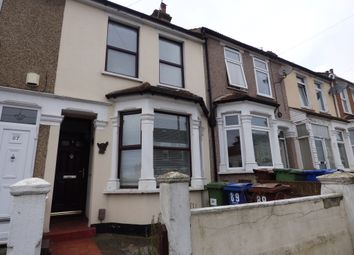 Thumbnail 2 bed property to rent in Cromwell Road, Grays