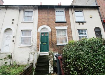 2 bed property to rent in Wesley Gate, Queens Road, Reading RG1