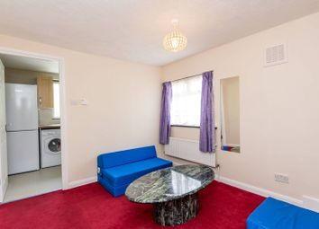 Thumbnail 3 bed maisonette to rent in Villiers Road, Willesden