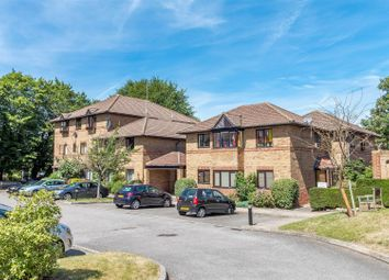 Thumbnail 1 bed flat for sale in Polehampton Close, Twyford, Reading
