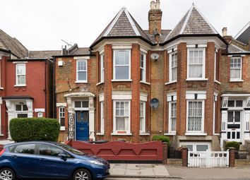 Thumbnail 3 bed duplex to rent in Chardmore Road, Soke Newington