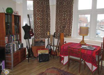 2 bed flat to rent in High Street, Kings Heath, Birmingham B14