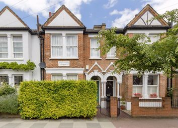 4 bed property to rent in Strathville Road, London SW18