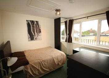 Thumbnail Property to rent in Bramley Road, London