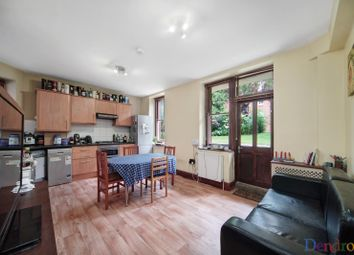 4 bed flat to rent in Grantully Road, London W9