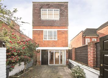 Thumbnail 3 bedroom detached house for sale in Netherhall Gardens, Hampstead, London