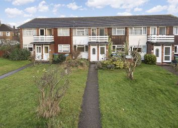 Thumbnail 2 bed flat for sale in Brentwood Close, London