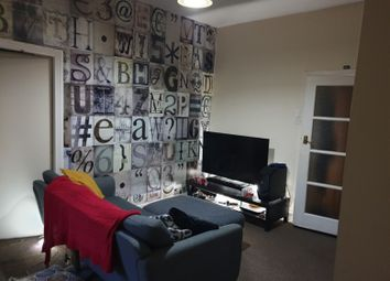 2 bed flat to rent in Westbourne Avenue, Bensham, Gateshead NE8