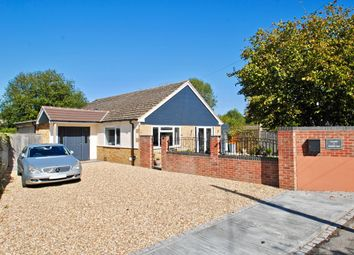 Thumbnail 2 bed bungalow for sale in Henfield View, Warborough, Wallingford