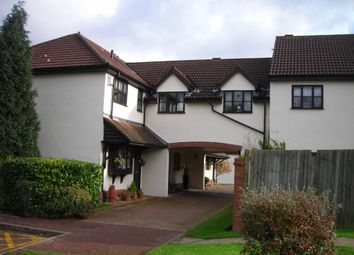 Thumbnail 1 bedroom flat to rent in Firs Wood Close, Potters Bar