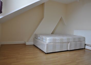 Thumbnail 4 bed flat to rent in Addiscombe Road, Croydon