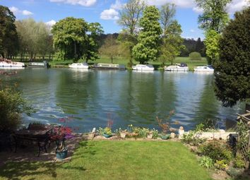 Thumbnail 3 bedroom flat to rent in Shooters Hill, Pangbourne, Pangbourne, Reading