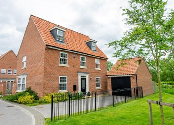 Thumbnail 5 bed detached house for sale in Fossview Close, Strensall, York