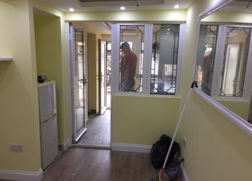 Thumbnail 1 bed flat to rent in Bowes Road, Palmers Green, London
