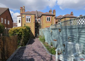 2 bed maisonette to rent in Birkbeck Road, Beckenham BR3