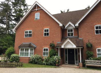 Thumbnail 4 bedroom flat for sale in Green Lane, Henley On Thames