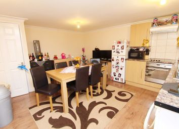 Thumbnail 1 bed flat to rent in Studio Flat, Wyatt Close, Hayes All Bills Included
