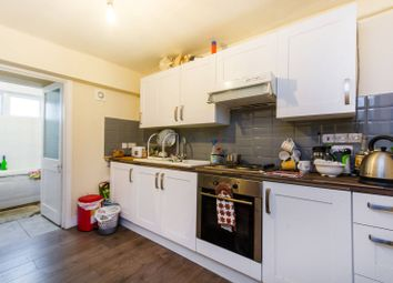 Thumbnail 2 bedroom flat to rent in Lower Addiscombe Road, East Croydon